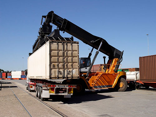 container-transport-4