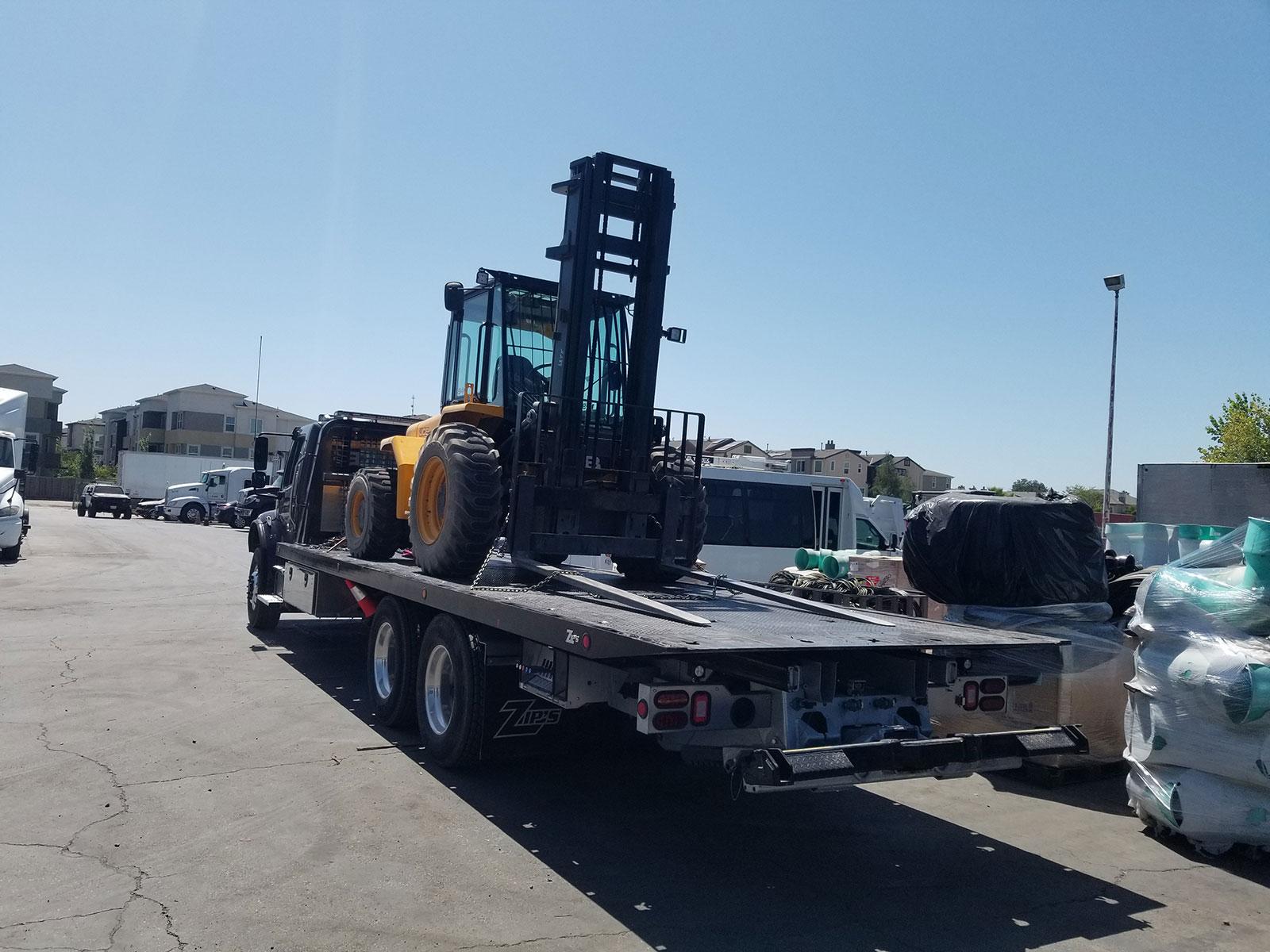 equipment-transport-slider